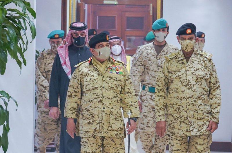 جلالة الملك المفدى يثني على المساهمات النبيلة لقوة دفاع البحرين