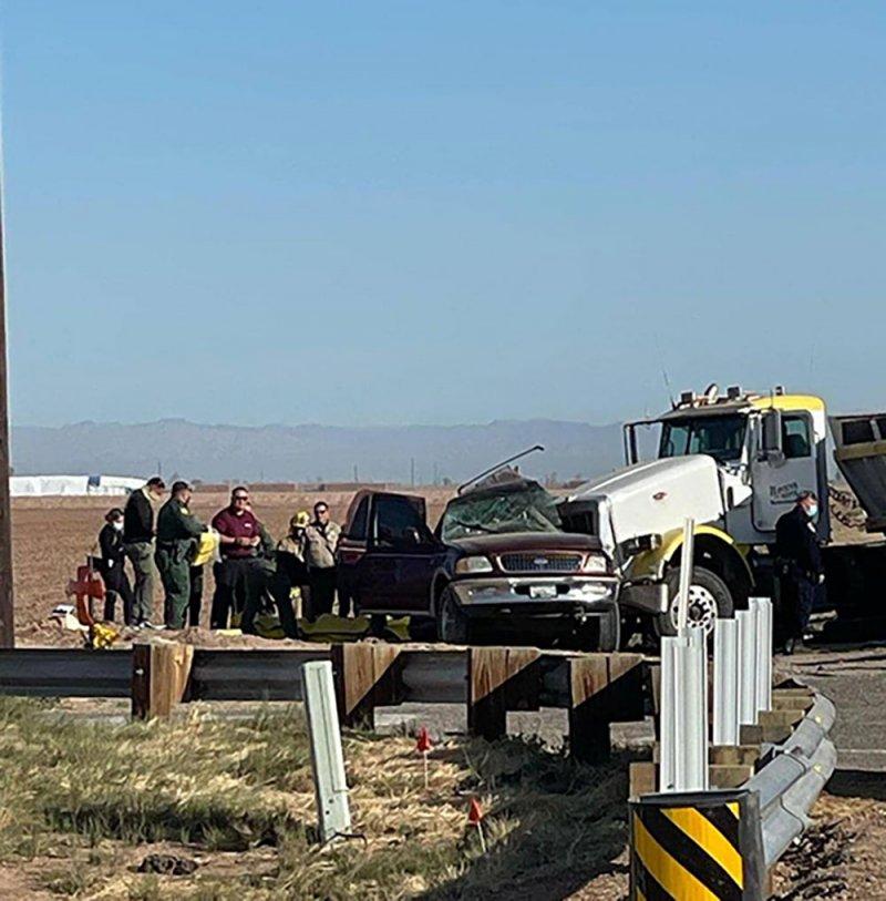 15 قتيلا على الأقل في حادث مروري جنوبي كاليفورنيا