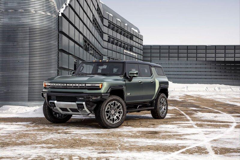 'جي إم سي هامر EV SUV' توفر باقة بارزة من التقنيات الوظيفية الهادفة