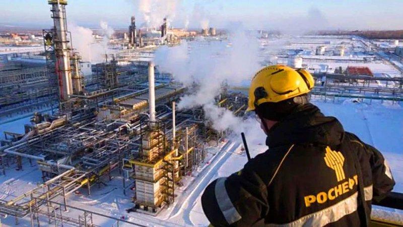 روسيا تتوقع استمرار تأثر طلب النفط بالجائحة حتى 2024