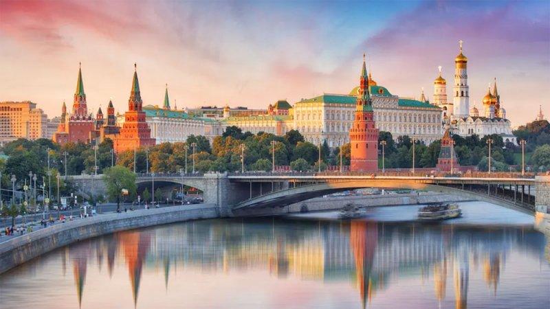 روسيا تتهم أميركا بالوقوف وراء طرد دبلوماسييها من التشيك