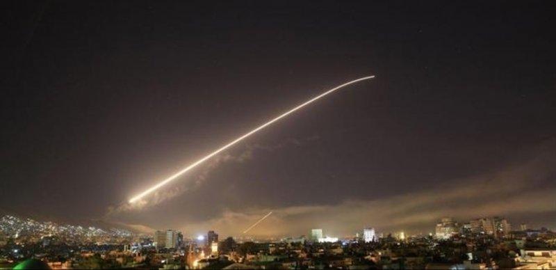 صافرات الإنذار تنطلق بالقرب من مفاعل نووي إسرائيلي.. وقضف بالصواريخ على ريف دمشق