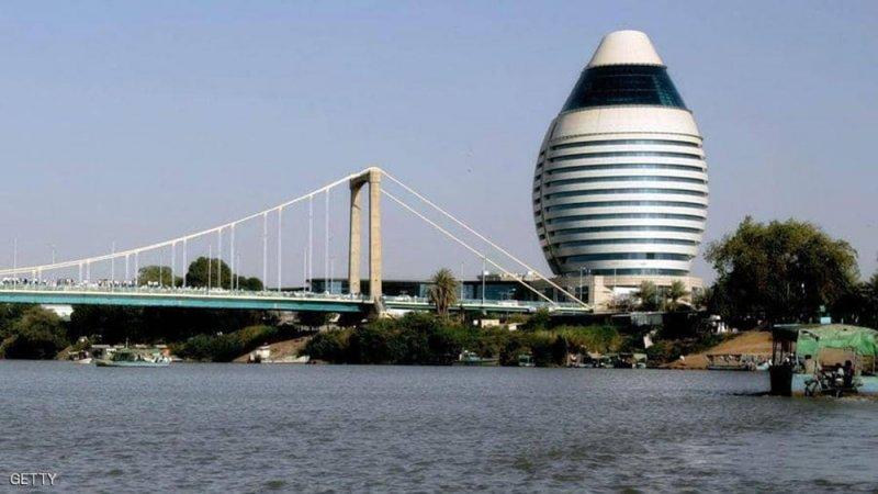 السودان يحصل على قرض ويسوي متأخرات للبنك الإفريقي