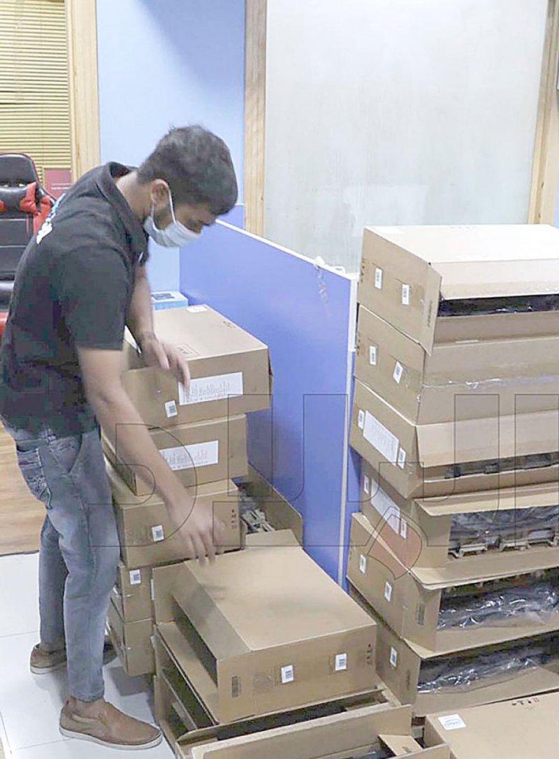 """8 ملايين دينار قيمة واردات البحرين من """"الكمبيوترات"""""""