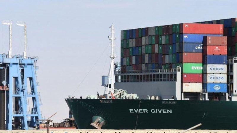 خطط توسيع قناة السويس ترفع أسهم شركة هولندية للخدمات البحرية