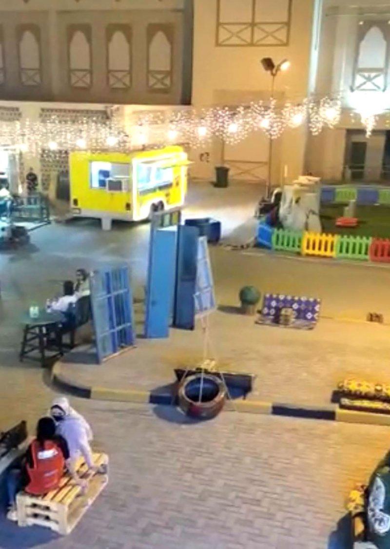 فعاليات ومسابقات وهدايا بشارع العربات بمجمع البحرين خلال العيد