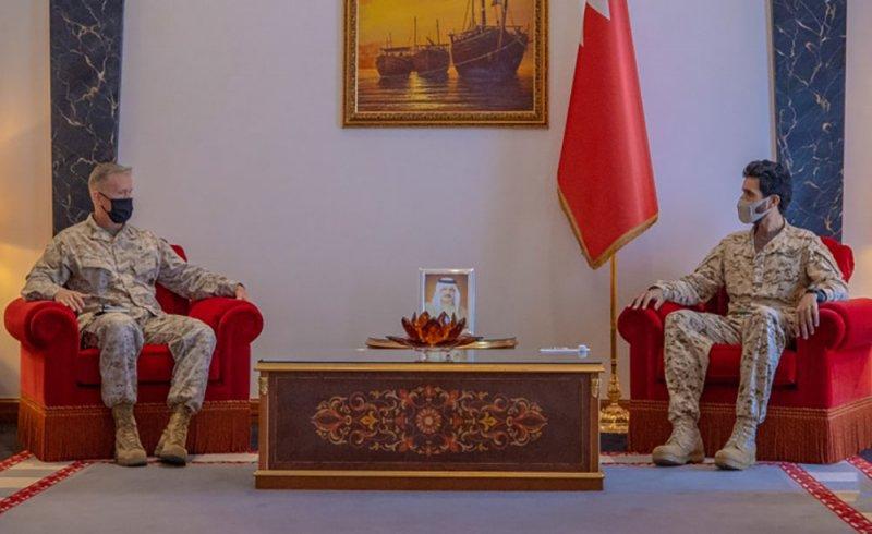 سمو مستشار الأمن الوطني قائد الحرس الملكي يستقبل قائد قوات المشاة البحرية بالقيادة المركزية الأمريكية