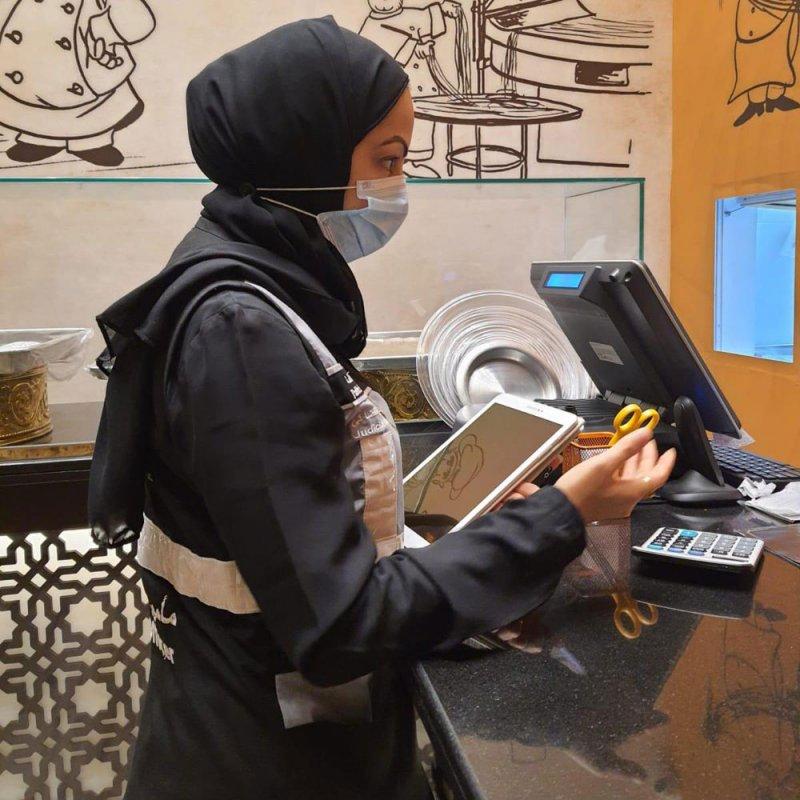 بالصور: وزارة الصحة: حملات تفتيشية شملت 211 مطعمًا ومقهى ومخالفة 46 منها