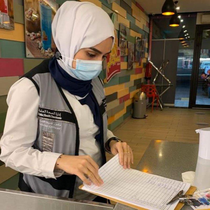 بالصور: وزارة الصحة: حملات تفتيشية شملت 165 مطعمًا ومقهى ومخالفة 39 منها