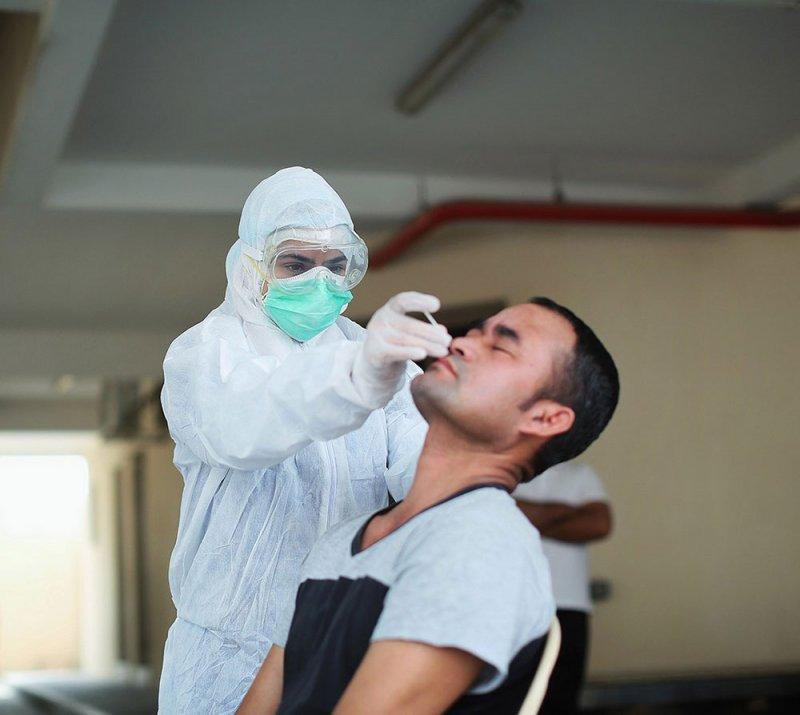 الصحة ترصد 465 إصابة بكورونا و 9 حالات وفاة