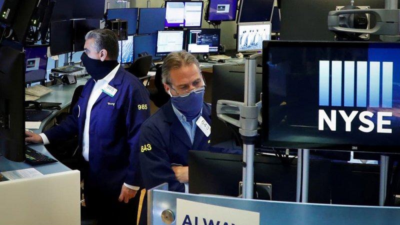 الأسهم الأميركية تزيد خسائرها.. ومؤشر داو جونز الصناعي يهبط 2%