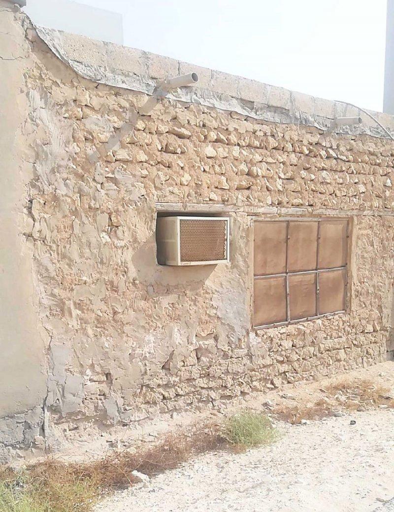 منزل متهالك في دار كليب يهدد حياة يتيمة مع والدتها