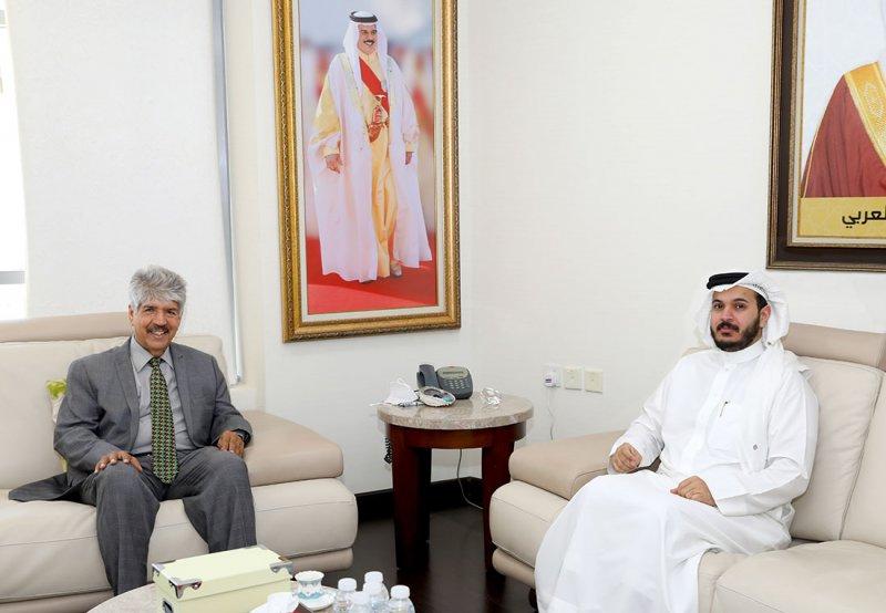 مصطفى السيد يجتمع مع سفير الخير