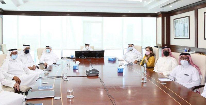 محافظ العاصمة يطلع على خطة إنشاء متحف يوسف بن أحمد كانو
