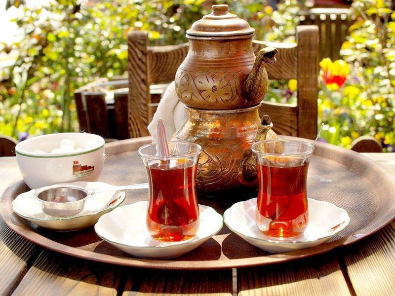 الشاي قبل تناول الطعام.. أفضل!