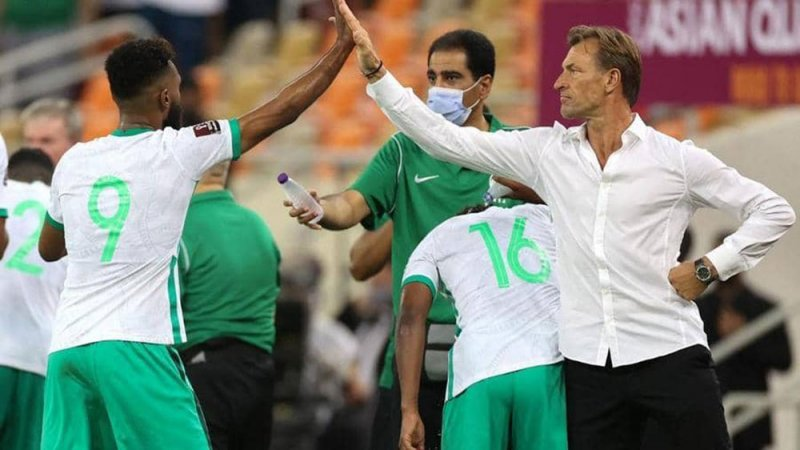 """""""يوم عاصف"""" للعرب.. من الأقرب للوصول إلى مونديال 2022؟"""