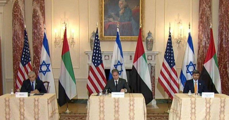 عبدالله بن زايد: اتفاقات السلام مهمة للاستقرار