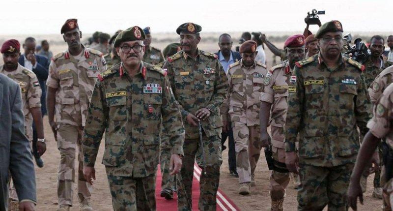 البنتاغون يدعو إلى تعزيز السيطرة المدنية على الجيش بالسودان