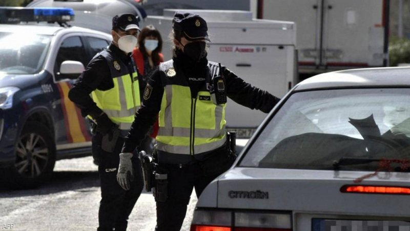 """بينهم جزائريون.. إسبانيا تعتقل """"خلية إرهابية"""" على صلة بداعش"""