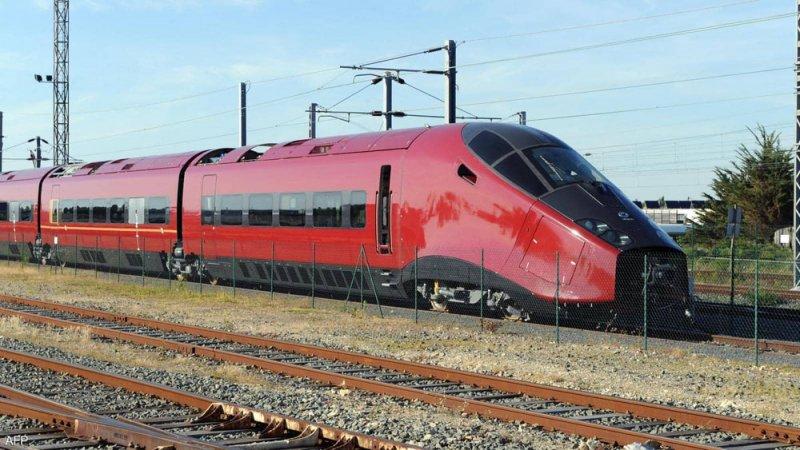 القطار الفائق السرعة.. كيف يحارب الطائرات في رزقها؟