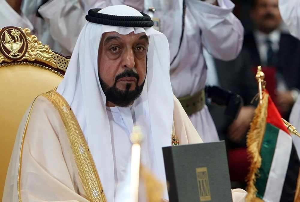 رئيس دولة الإمارات ينعى السلطان قابوس ويعلن الحداد 3 أيام