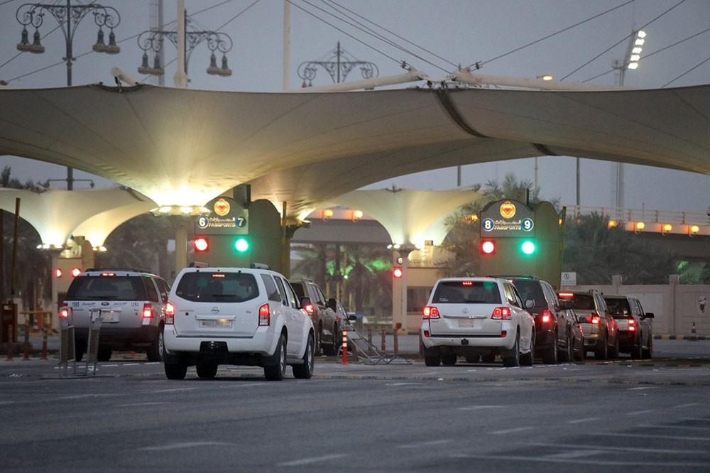 مؤسسة جسر الملك فهد: حركة عبور المسافرين في الاتجاهيين في وضعها الطبيعي