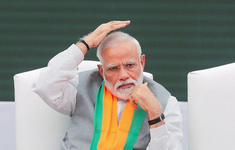 مودي يعلن فرض الإغلاق التام في الهند