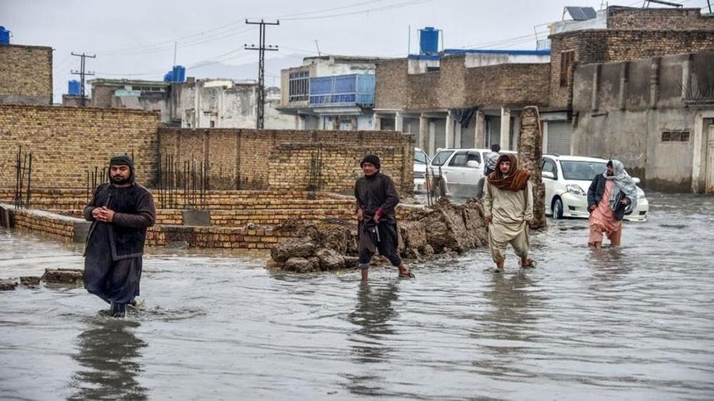 مقتل 15 طفلا وامرأة بفيضانات في أفغانستان