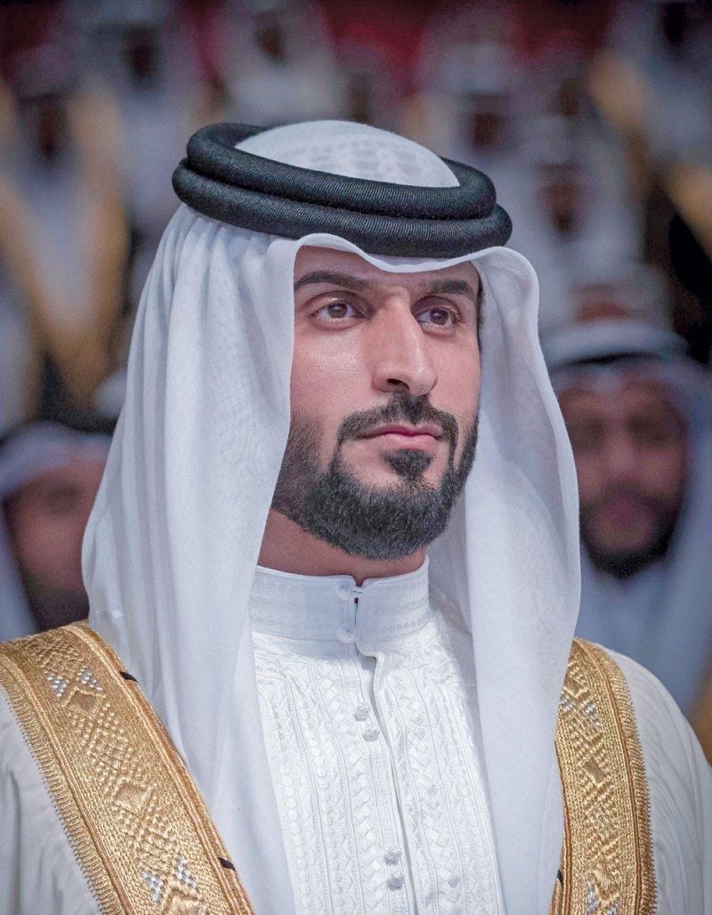 ناصر بن حمد: العلاقات بين الشعبين وطيدة